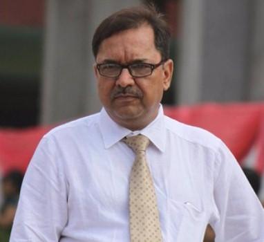 Dr Bhavik Shelat3