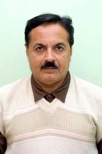 Dr Hitendra Gohil