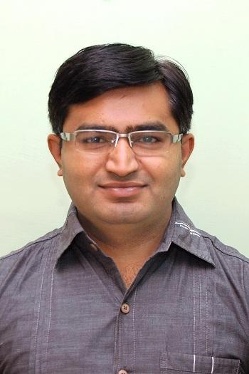 Dr Kaushik Vyas